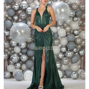 Fitted new formal gown. Prom evening ball dress